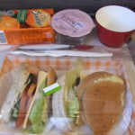 アシアナ航空 仁川国際空港→関西国際空港 機内食20120211